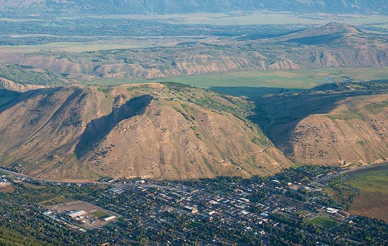 Neighborhood: Saddle Butte